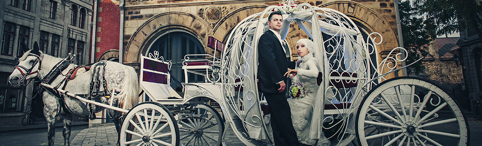 Muslim wedding in horse carriage Montreal